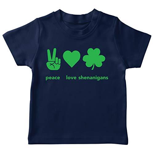 lepni.me Camiseta para Niños Paz y Amor Shenanigans Regalo para la Fiesta del Día de San Patricio en Irlanda (12-13 Years Azul Oscuro Multicolor)