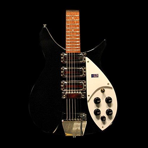325C64 Guitar in Miami JetGlo