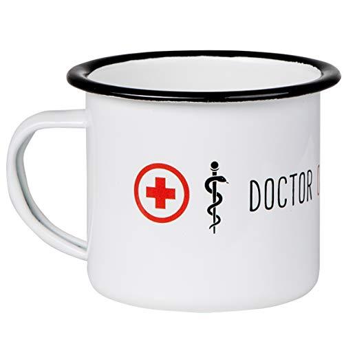 Doctor ON Duty - Hochwertiger Emaille Becher im Arzt Design. Nicht nur für Ärzte, Ärztinnen Mediziner und Doktoren - leicht und robust - von MUGSY.de