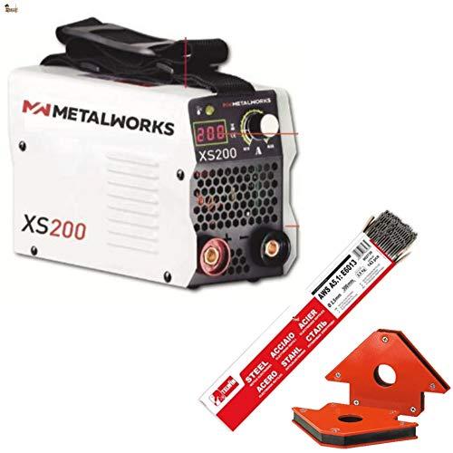 BricoLoco Soldador inverter 200 Amperios. Con maletín que incluye cables de soldadura, masa, pinza portaelectrodos, careta y cepillo. Pareja escuadras magnéticas + 143 electrodos.