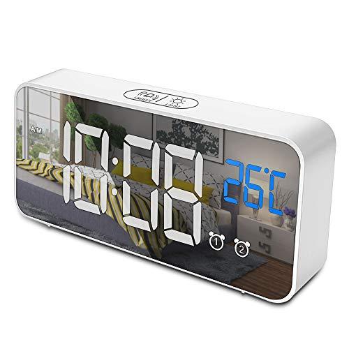 opamoo Reloj Despertador Digital, Reloj Despertador Digital LED 2 Alarma Control de voz 4 Brillo Ajustable 13 Música Despertadores Digitales con Temperatura 12/24 Horas Puerto de Carga USB