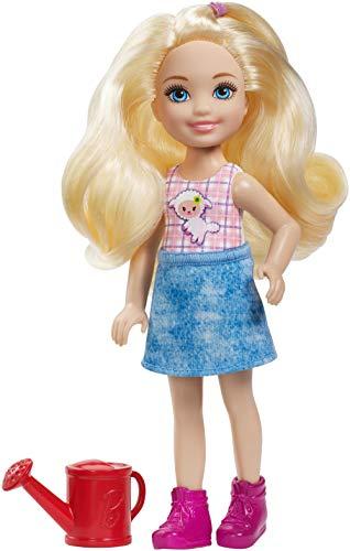 Barbie GCK62 - Farm Chelsea Puppe mit Gießkanne und blonden Haaren, Puppen und Puppenzubehör ab 3 Jahren
