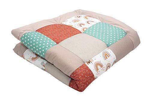 ULLENBOOM ® Baby Krabbeldecke 120x120 cm gepolstert Regenbogen (Made in EU) - Krabbeldecke für Baby mit 100% ÖkoTex Baumwolle, ideal als Babydecke & Spieldecke
