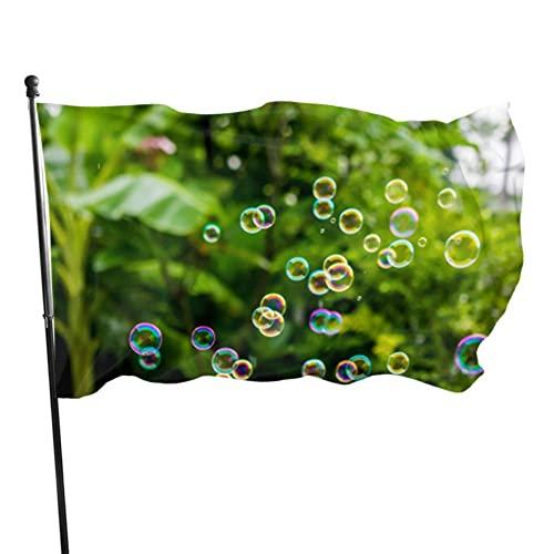 GOSMAO Bandera de jardín una Imagen de Burbuja de jabón Color Vivo y Resistente a la decoloración UV Bandera de Patio de Doble Costura Bandera de Temporada Bandera de Pared 150X90cm
