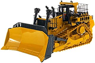 Cat Caterpillar D11T Track-Type Tractor Dozer JEL Design with Operator High Line Series 1/50 Diecast Model by Diecast Masters 85565