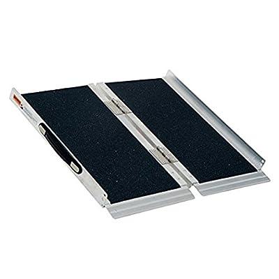 HOMCOM Lightweight Aluminum Portable Skidproof PVC Carpeted Folding Wheelchair Ramp