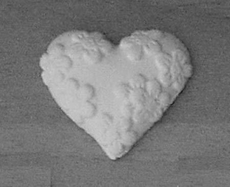 HC 24 Gessetti Artigianali a Forma di Cuore con Fiorellini (3 x 3 cm) Bomboniera Compleanno, Segnaposto, chiudipacco, Comunione, Cresima, Confettata, Natale - Chalk Heart Shape, White