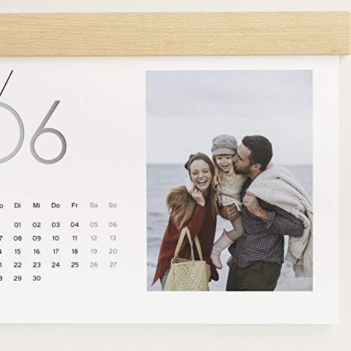 Fotokalender 2021 mit dekorativer Holzblende & Relieflack, Jahreskalender, Wandkalender mit persönlichen Bildern, Spiralbindung, DIN A4 Querformat, optional mit Holzgravur