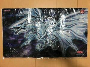 Yu-Gi-Oh! Blue Eyes Alternative White Dragon Playmat Anniversary 20th Japanese