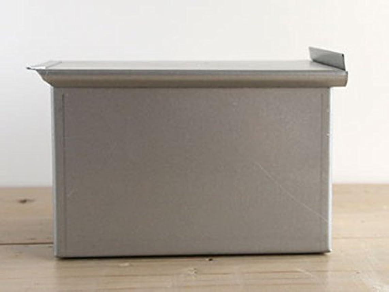シンポジウム窓を洗う噴水cotta(コッタ) 食パン型2斤(勾配なし) 83444