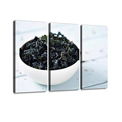 HABEN ARTWORK Dried wakame an Asian Edible Seaweed Ceramic Tableware Print On Canvas Wall Artwork Modern Photography Home Decor Unique Pattern Stretched and Framed 3 Piece