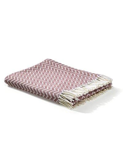 myHomery Decke aus Baumwolle - Tagesdecke leicht und kuschelig - Made IN EU - Wolldecke mit Zick-Zack Muster - Wohndecke Fransen - Kuscheldecke modern & hochwertig - Weiß/Altrosa | 130 x 170 cm