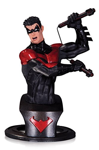 DC Direct Batman Super Heroes Nightwing Figurine, 761941327037, 15 cm