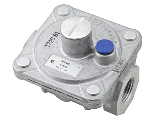 """Maxitrol RV48L Natural Gas Pressure Regulator, 1/2"""" FPT Thread, 13/16"""" In and Out Opening, 1/2 PSIG In, 3""""-6"""" WC Out"""
