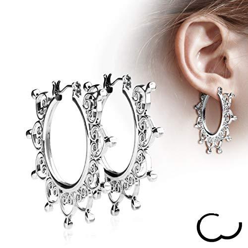 Treuheld | Silberne CREOLEN mit Ornamenten - Edelstahl - Damen & Mädchen Ohrringe in Silber - Ohrstecker mit Schnörkel - KLAPPVERSCHLUSS - Ohrschmuck mit Herzen zum Klappen