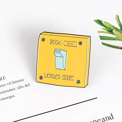 QISKAII Gelbes Quadrat Netzschalter Emaille Brosche Buchwelt AUS AUF Rucksack Denim Anstecknadel Abzeichen Kinder Freunde Spaß Geschenke