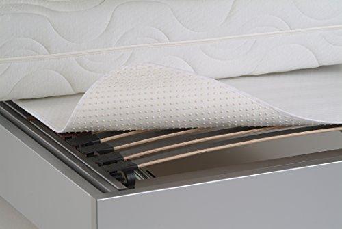 Traumnacht atmungsaktiver und rutschfester Matratzenschoner, Matratzenunterlage für den Lattenrost, 120 x 200 cm, weiß