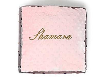 Danielstore- Manta Bebe Personalizada con Nombre Bordado, Carrito Bebe o Capazo (1,10 x 0,80 cm) Tacto Terciopelo. Regalo Baby Shower