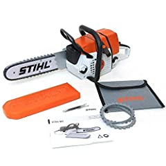 Realistic pull-start and engine sounds Moving chain 40cm long Volume control Requires 3 x AA batteries (included)