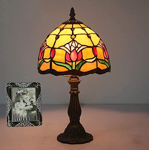 Lámpara de mesa estilo Tiffany de 8 pulgadas Vidrieras Tulipán Pantalla amarilla Lámpara de escritorio Decoración Luz Base de aleación de zinc para dormitorio Estudio de cabecera Bar Café