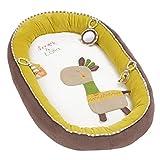 FEHN 059229 Kuschelnest Giraffe / Kuscheliges Nestchen mit 3 abnehmbaren Spielzeugen für optimalen Komfort beim Kuscheln & Spielen – für Babys und Kleinkinder ab 0+ Monaten