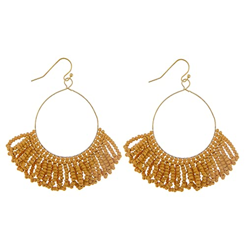 Tata Gisèle - Pendientes colgantes de metal dorado con detalle de flecos de perlas naranjas
