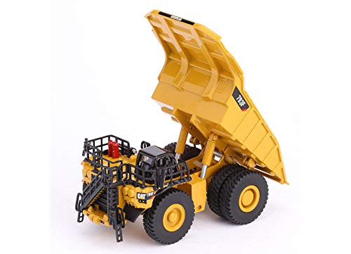 CAT Caterpillar 793F Mining Truck with Operator High Line Series 1/125 Diecast Model by Diecast Masters 85518
