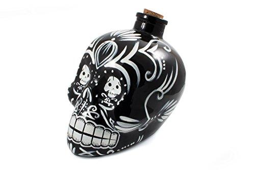 Bar Amigos reg; Carafe à décanter en forme de crâne mexicain en verre peint à la main et bouchon en liège Noir