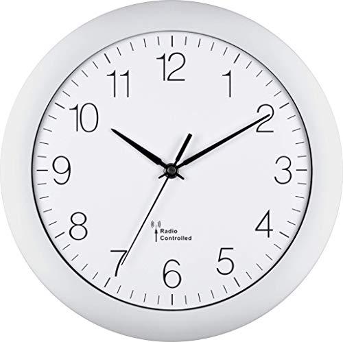 EUROTIME Funkwanduhr, 30 cm, Kunststoffgehäuse, gewölbtes Echtglas, automatische Zeitein- und Zeitumstellung von Sommer- und Winterzeit, klares Zifferblatt, Wanduhr für Küche und Wohnbereich, weiß, 56800-00
