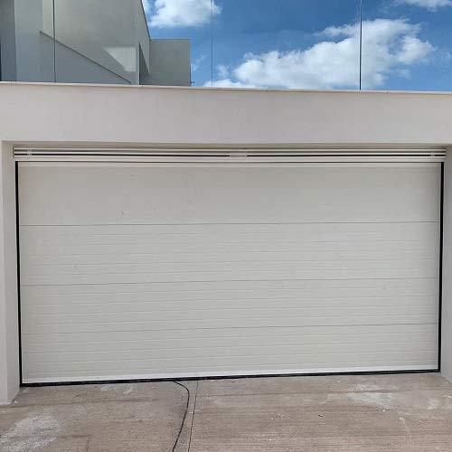 Puerta seccional woodgrain blanca. 2500mm x 2250mm.