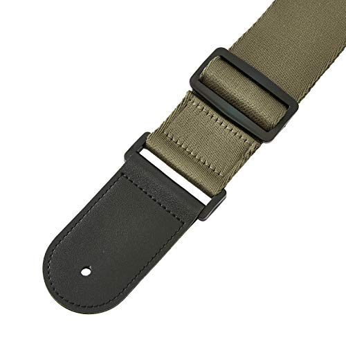 AmazonBasics Adjustable Guitar Strap for Electric/Acoustic Guitar/Bass - Includes 2 Picks - Soft Strap with PU Leather Ends, Green