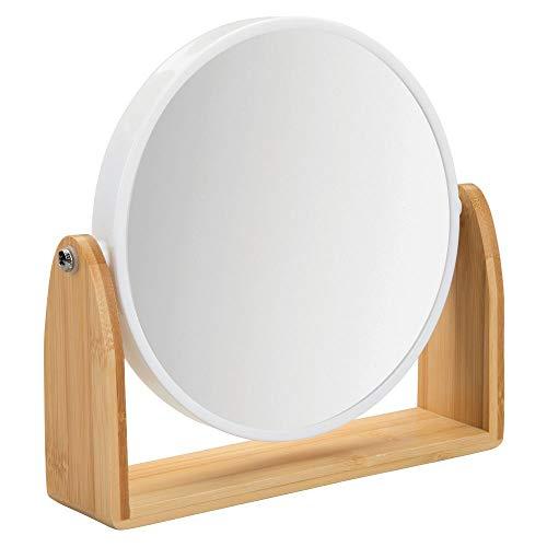 mDesign drehbarer Badezimmerspiegel - tragbarer Schminkspiegel fürs Badezimmer mit Ablage - runder Spiegel aus Kunststoff und Bambus für den Waschtisch - bambusfarben und weiß