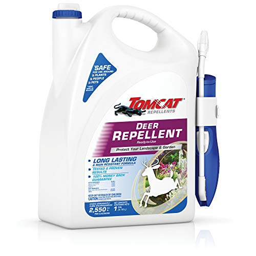 Tomcat Repellents Deer Repellent Ready-to-Use 1 Spray: With Extended Reach Comfort Wand, Contains Essential Oils, Protects Garden and Landscape, No Stink, Rain-Resistant, 1 gal.