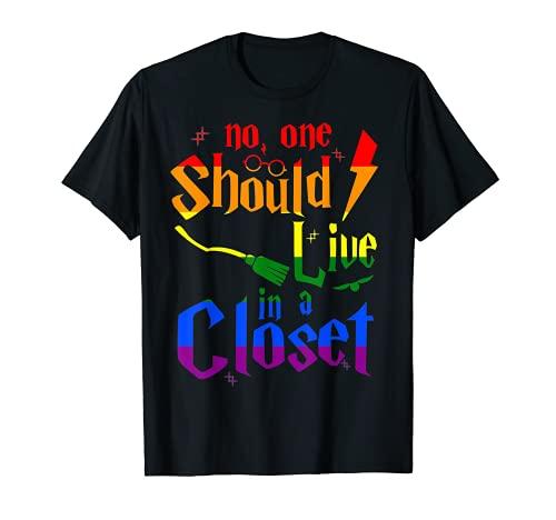 Nadie debería vivir en el armario LGBT Bandera Orgullo Lesbiana Gay Camiseta