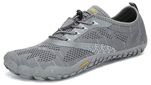 SAGUARO Hombre Mujer Zapatos Minimalistas Comodas Respirable Zapatillas de Trail Running Ligeras Calzado Barefoot Antideslizante para Gimnasio Fitness Senderismo Montaña, Gris 44 EU