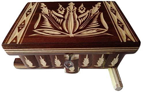 Preciosa caja mágica de madera tallada; caja rompecabezas, con compartimento secreto; caja con truco hecha a mano.