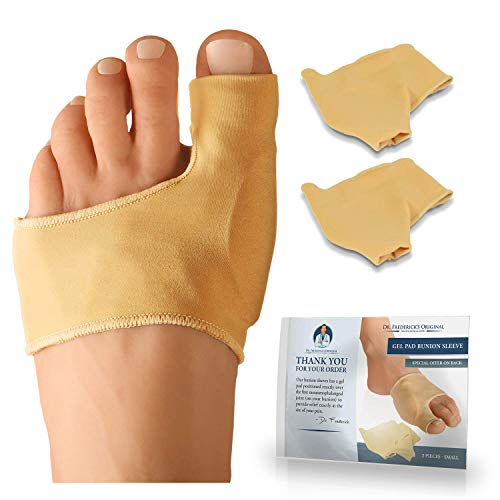 INCLUDES 2 BOOTIES: Don't be confused by other products. Our bunion sleeves come in a pair, because you probably have two feet! Am I right? TARGETED 'LOW PROFILE' CUSHIONING: Our bunion sleeves have a squishy gel pad positioned exactly over the 1st m...