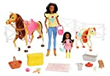 Barbie Mattel GLL82 Hugs N Horses Playset, Brunette