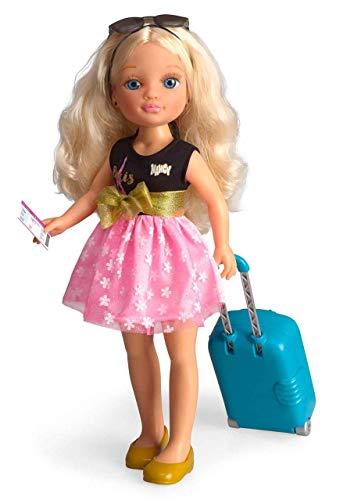 Famosa- Muñeca Nancy Chic viajera Paris 43 cm Incluye Maleta Llena de...