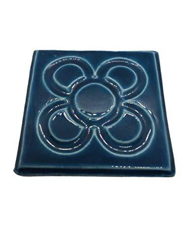 DataPrice Imán Baldosa Flor de Barcelona. 7 x 7 cm. Peso: 80 grs. Color Azul. Cerámicas de Barcelona y Gaudí. para Regalar!! Decoración del Hogar. (1)