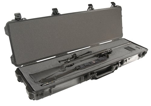 Pelican 1750 Case with Foam (Black)