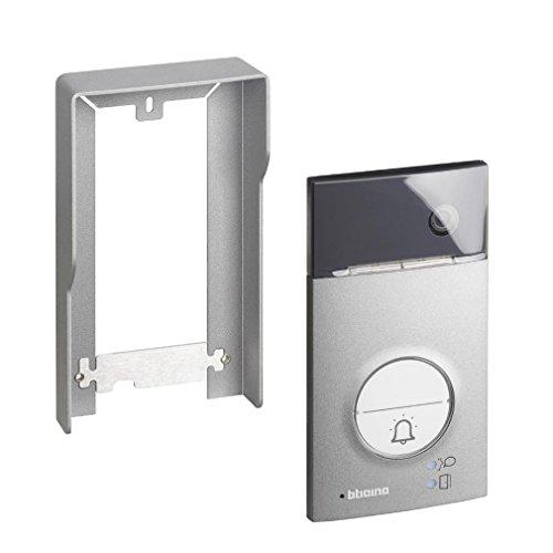 2-Draht Video-/Audio Türstation LINEA 3000 mit Weitwinkel-Farbkamera und LED-Beleuchtung, 1 oder 2 Familienhaus, Schutzart IP 54, Schlagfest IK 10