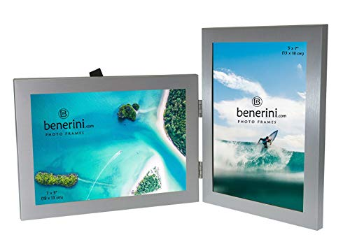 2 Imagen - 5 x 7 Pulgadas de Aluminio Cepillado Color Plata Marco de Foto Plegable Doble Regalo - Toma 2 fotografías estándar de 5 x 7 Pulgadas - 1 Estilo Horizontal y 1 Vertical