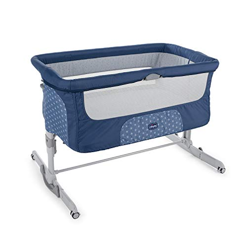 Chicco Next2Me Dream Beistellbett Babybett mit Matratze, Schaukelfunktion, Faltbare Seite, Höhenverstellbar, Netzfenster, 4 Rollen und Transporttasche - 0-6 Monate, 9 kg