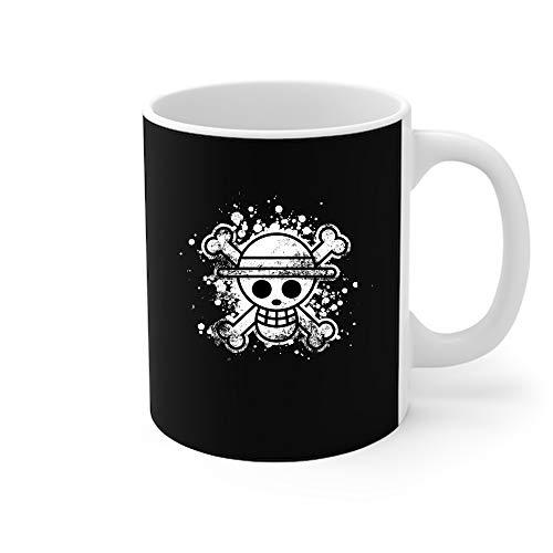 Taza de café piratas con sombrero de paja