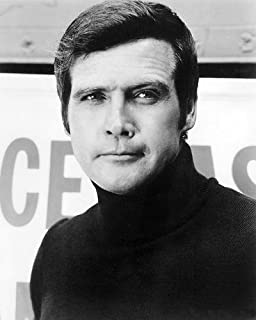 The Six Million Dollar Man Featuring Lee Majors 8x10 Promotional Photograph