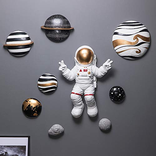 YUELI Sculpture Statue Figurines White Red Space Astronaut Raise Hands Victory Gesture Wall Hanging Decor 3D Solar System Planet Sculpture Figurines Crafts Horn,B