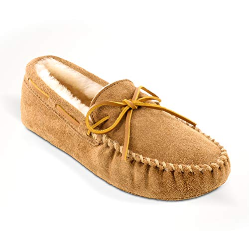 Minnetonka Men's Sheepskin Softsole Moccasin Golden Tan Size 11 US