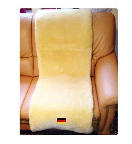 Lammfell Sesselauflage von LANABEST. 50 x 150 cm aus Öko-Tex Schaffellen. Bequem, hautfreundlich, zart und schadstoffarm. Medizinische Gerbung