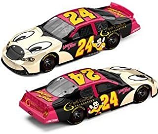 Jeff Gordon #24 Foundation / Mighty Mouse / 2006 Monte Carlo / 1:24 Scale Diecast Car